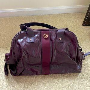 Lululemon burgundy shoulder bag